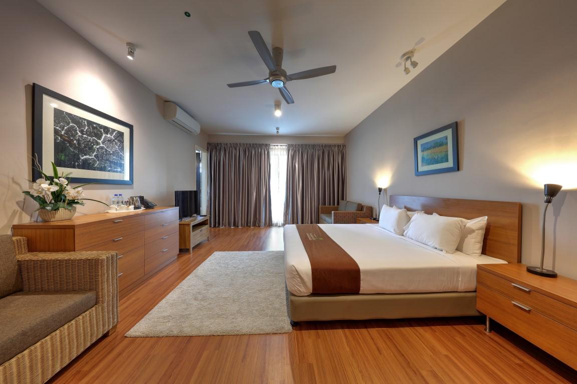 2 BR Deluxe – Bedroom (Medium)
